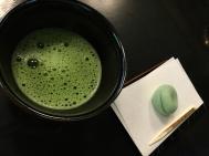 Tea Time Babe (Matcha für 5 Euro im Shinjuku Park zum detoxen im Kimono)