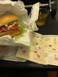 Selbstbau-Burger im Flugzeug mit Anleitung