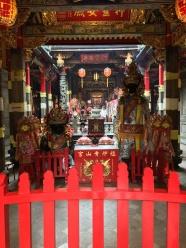 Tempel an der Straße