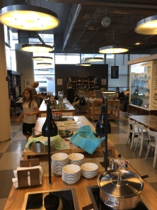 Finnair Lounge wants to be an Ikea Kitchen